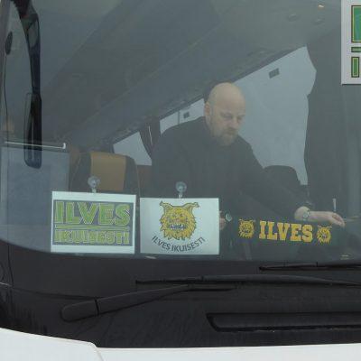 Marko somistamassa kuljetusta ennen matkaa